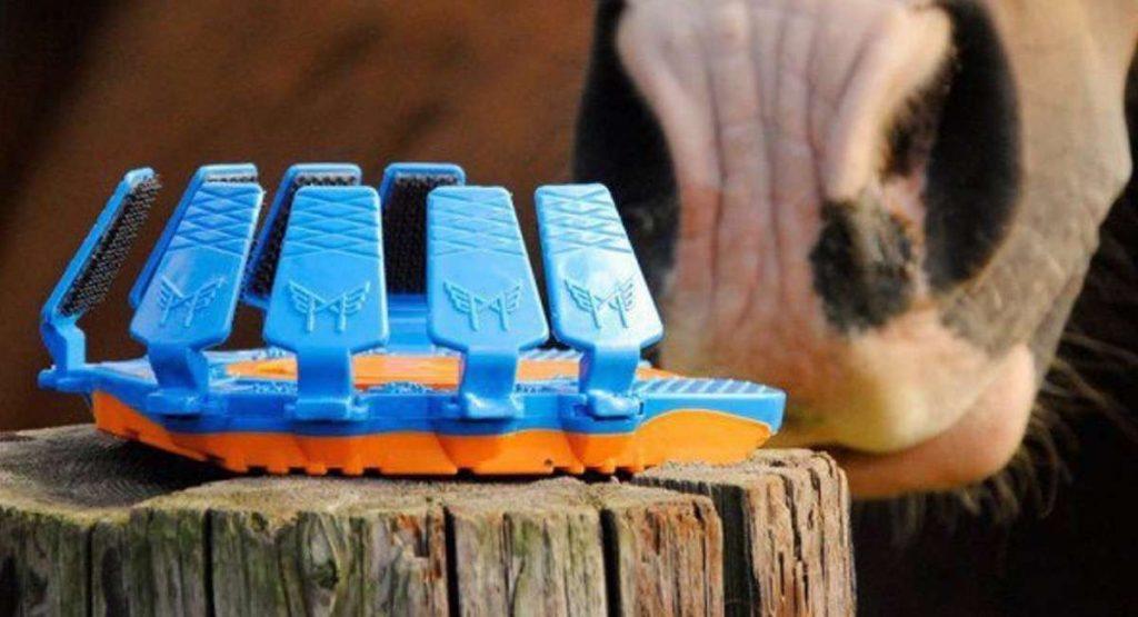 Las herraduras de plástico para caballos