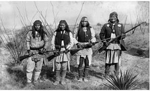 Guerreros apaches 1886