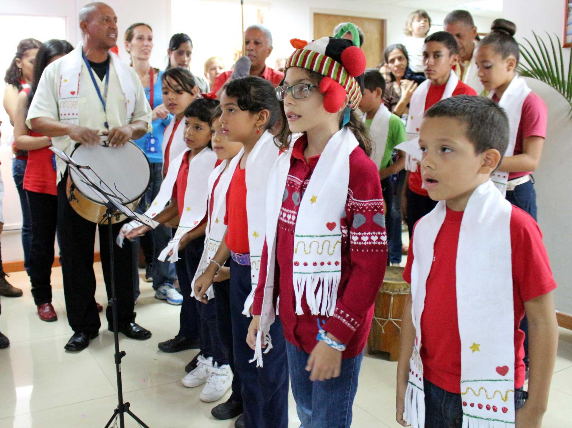 Parrandas y aguinaldos tradición de la navidad en Venezuela