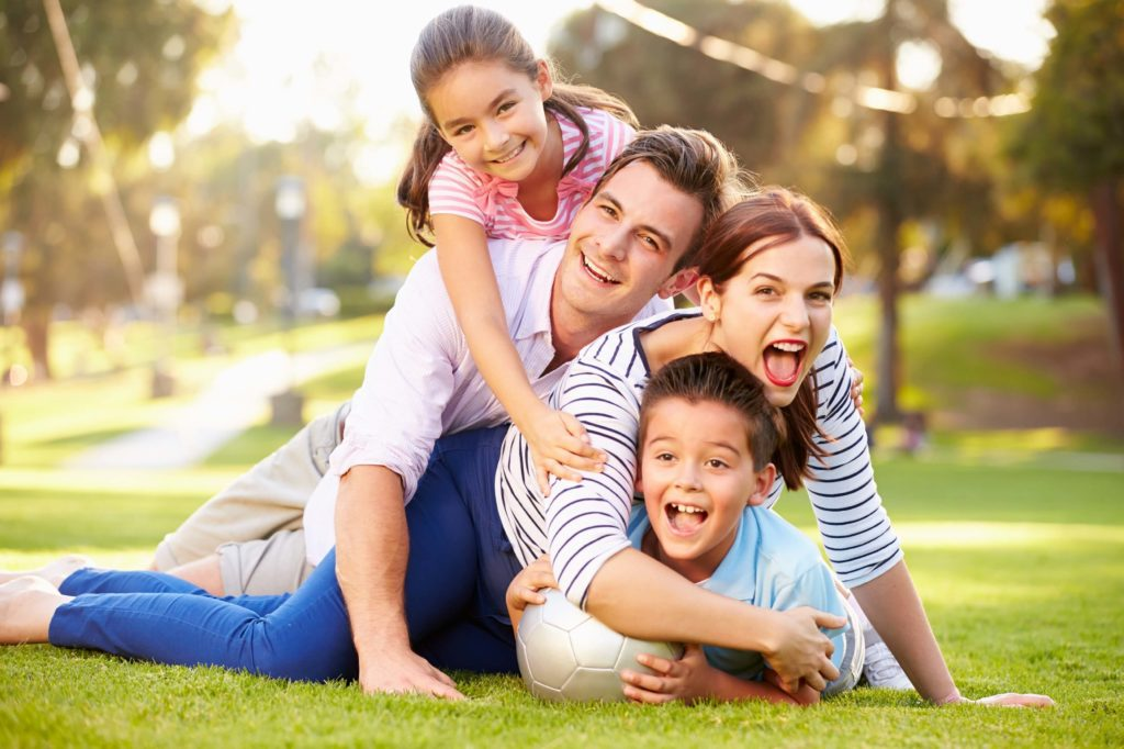 Gustavo Mirabal: La familia