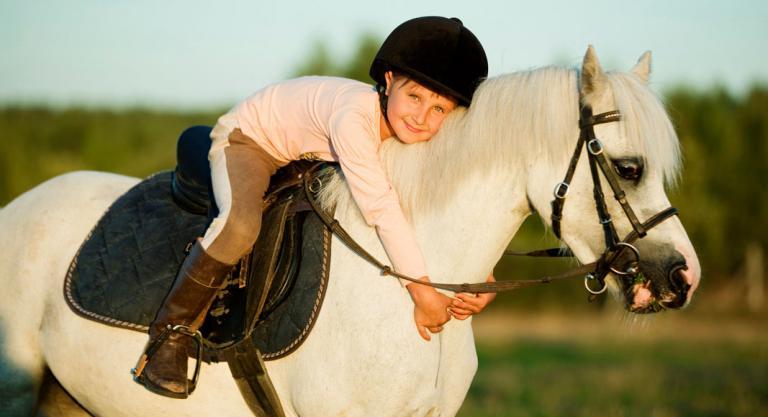 Beneficios de la equitación en niños