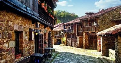 Bárcena Mayor Cantabria - España