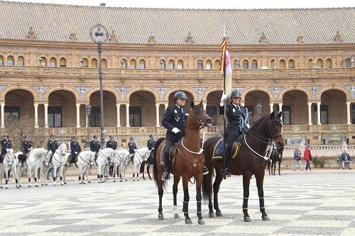 Policía a caballo en España