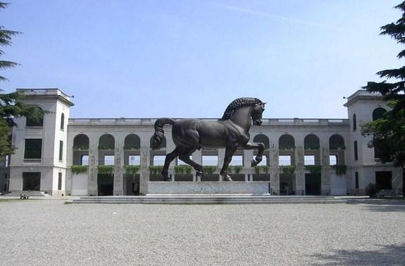El caballo de Leonardo Da Vinci en el hipódromo de San Siro