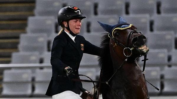 Annika Schleu y el caballo rebelde
